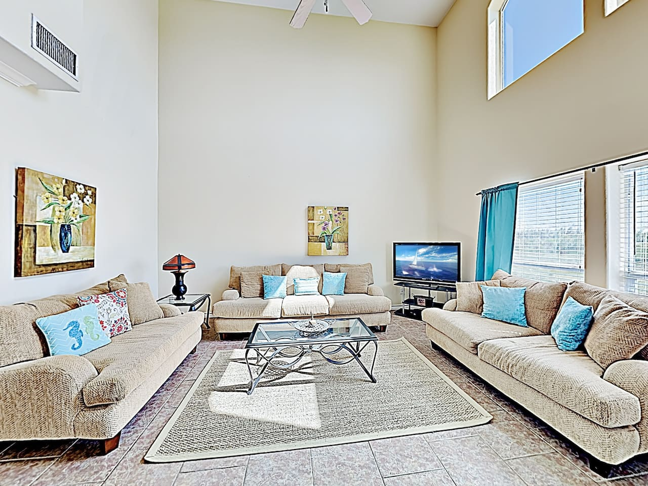 Welcome to Corpus Christi! This townhouse is professionally managed by TurnKey Vacation Rentals.