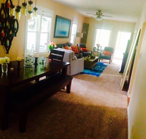 Big Benson Home,Close to Everything - Omaha - Dům