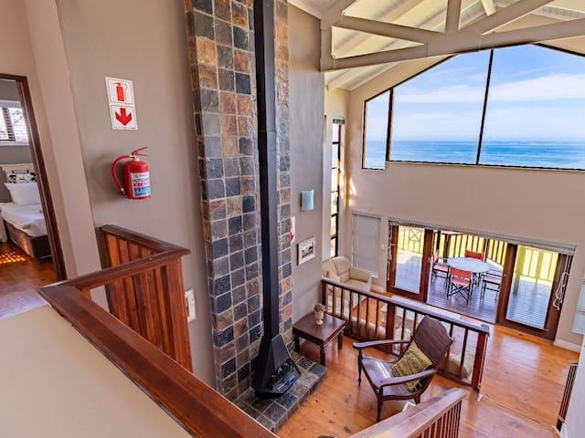 Boardwalk Lodge - 2 Bedroom Chalet - Sea Facing