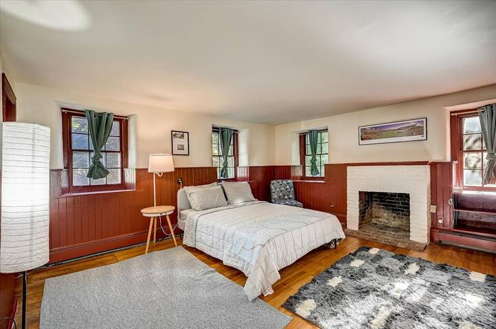 Bedroom - Is That a Van Gogh?