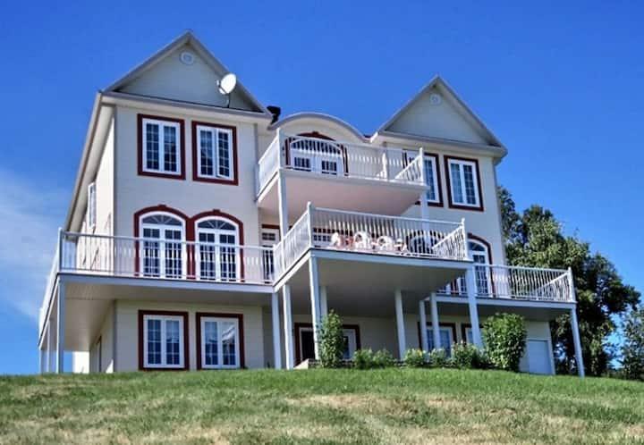 La Villa T Maison de luxe avec vue sur le fleuve