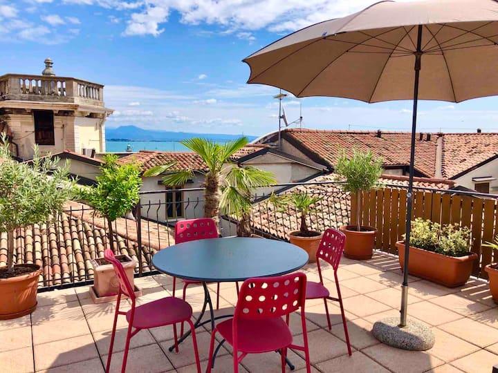 Appartamento in pieno centro storico con terrazza