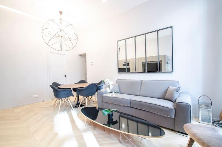 Luxury apartment in paris. THE LOUVRE, VENDÔME.
