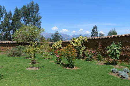 Don Simon's Farmhouse - Baños del Inca - Bed & Breakfast