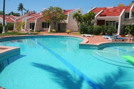 Condominios Villa Serena - Mazatlán