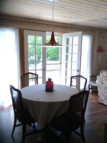 Driftwood Cottage Wkly only Sat - Sat July/Aug.