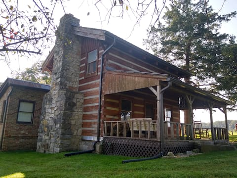 Cabin at Fairview           Close to Cummins Falls