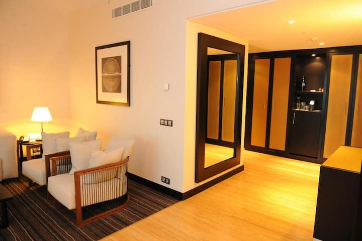 Relaxing Suite Capacity 2 One Bedroom At Luanda