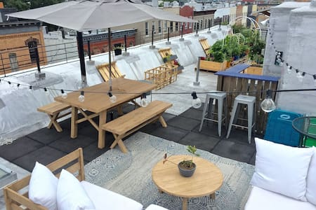 Stylish Room w/ Rooftop Community Garden & Lounge - Brooklyn