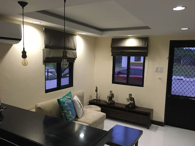 Your Modern Vintage Home in Mactan