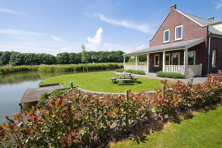 in the nature and near village and beach - Simonshaven - Cabaña