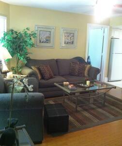 Beautiful fully furnished condo 2 bedroom/2 bath - Estero
