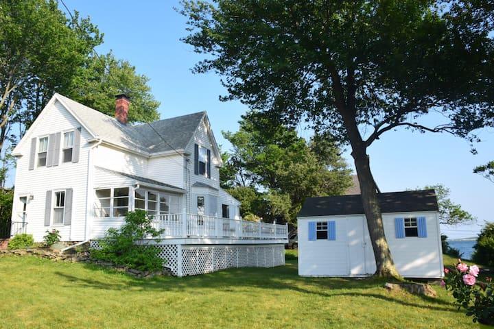 The 1857 House: Ocean Views on Peaks Island