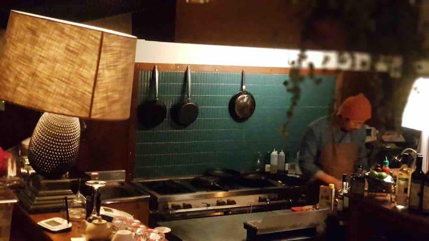 심야민박(2인전용)#1-불특정식당