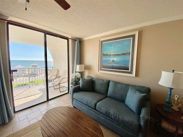~Flash Sale~Beautifully decorated 1/1 Gulf Shores~Flash Sale!