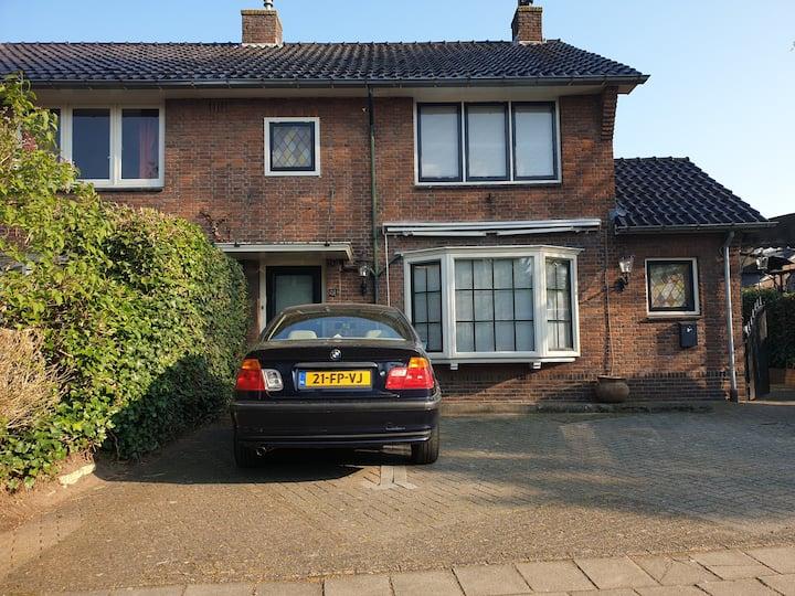 relaxen in Huizen, Centraal gelegen in nederland