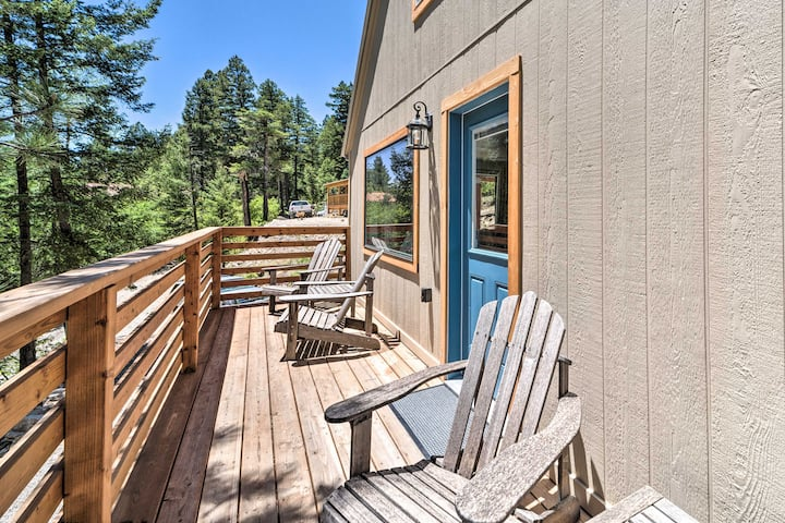 Modern Home w/ Decks - 2.7 Miles to Ski Cloudcroft