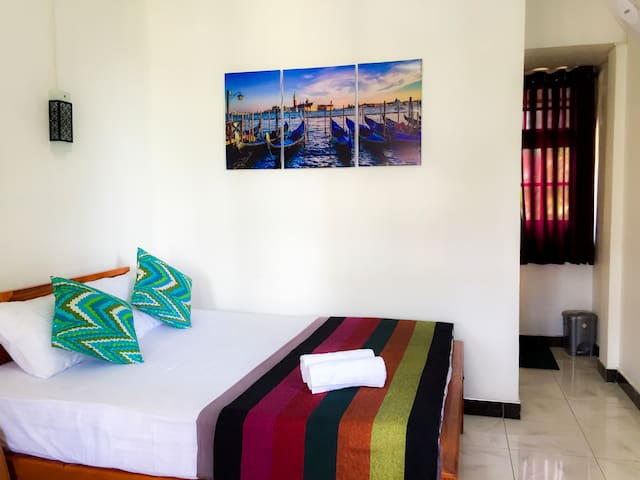 Myro Homestay- Comfy Double Room With Private BR