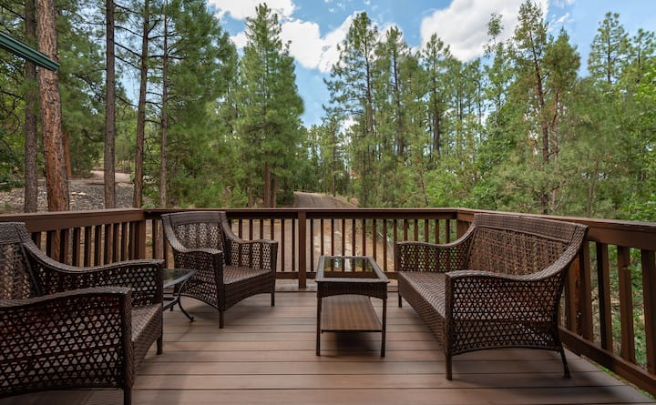 Pinetop Paradise - Cozy Cabin w/ Large Deck!!!