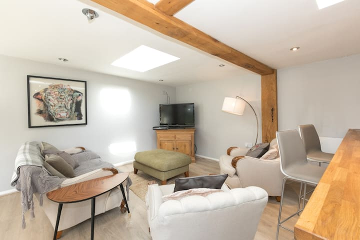 Bright and Cosy Lodge House - Reading - Cottage