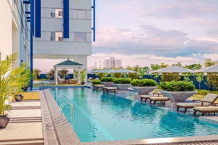 FURNISHED CONDO, LRT GILMOR w/ WiFi - Quezon City