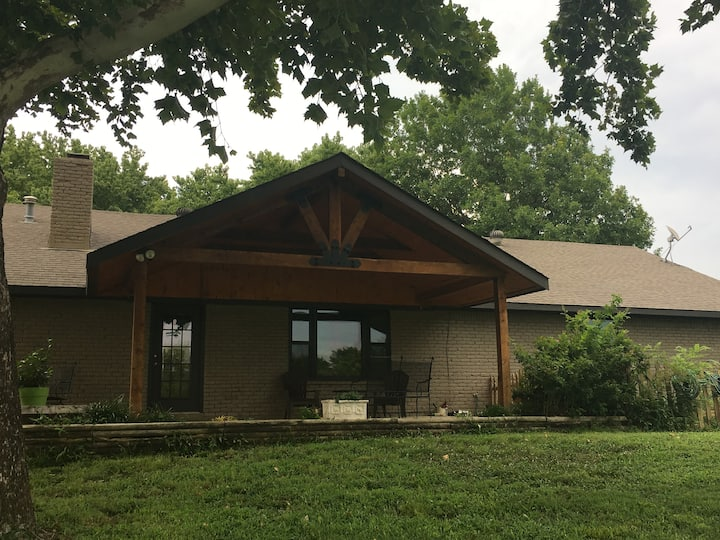Country Retreat in S. Bartlesville