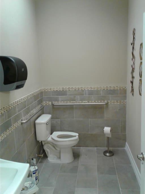 Hallway .5bathroom