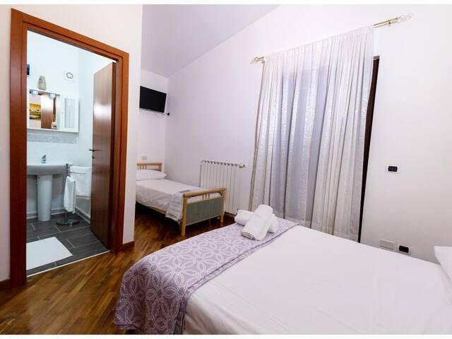 Awesome villa in Provincia di Barletta-andria-trani w/ 1 Bedrooms, Outdoor swimming pool and WiFi