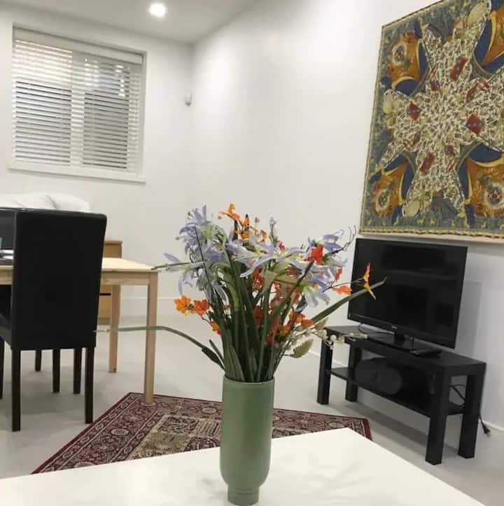 Brand New Bachelor in Beautiful North Vancouver