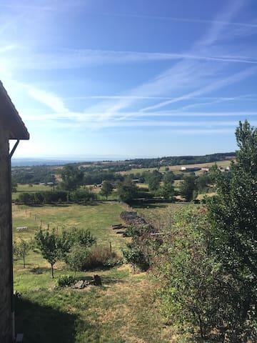 Au calme - Grange rénovée - Parc du Pilat