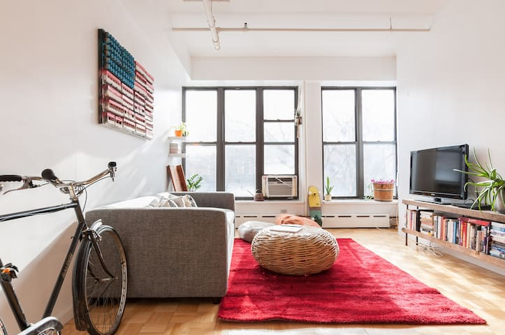 Sun Drenched Spacious Loft in NYCs Trendiest Hood