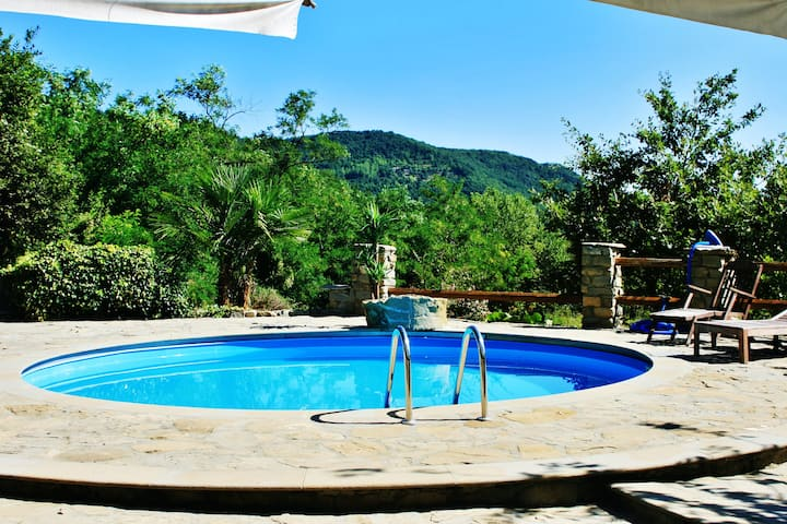 Villa with 6 bedrooms in Mombarcaro, with wonderful mountain view, private pool, furnished garden - 40 km from the slopes