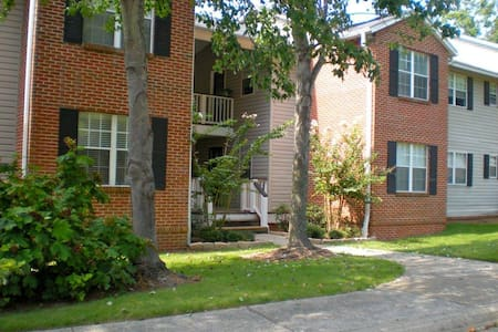 Peaceful 2 Bed/ 2 Bath - North Shelby County - 梅多布魯克(Meadowbrook)