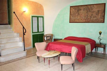 A Peaceful Home in Medieval Village - Formia, frazione Maranola - Dom