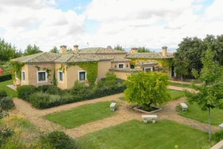 Country House with 90hc near Madrid