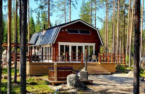 ¡Alójate cómodamente en el hermoso bosque sueco!