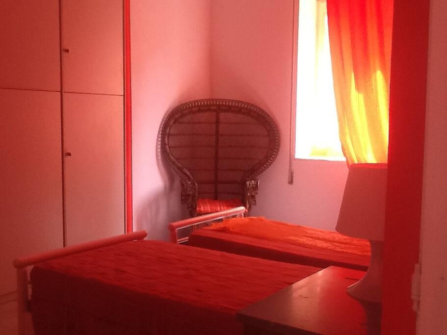 Camera da letto con possibilità di avere o letto matrimoniale o due letti singoli