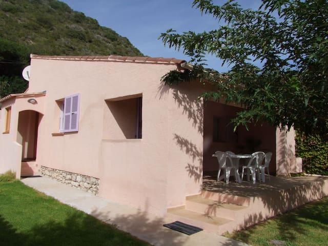 Villa à 600m du port de Bonifacio - Bonifacio - Hus