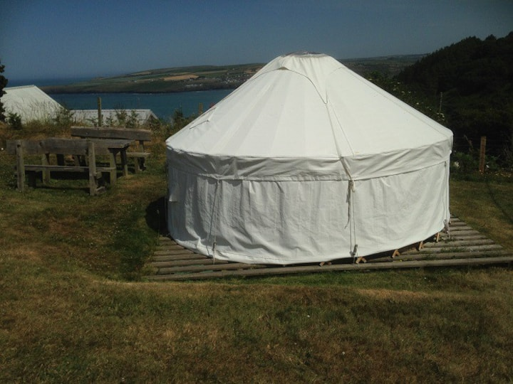 13' Cosy Yurt @AlltycoedCampsite in Poppit Sands
