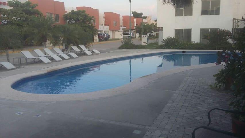Bonita Casa en Coto Privado Bahía de Banderas(35) - Mezcales - Huis