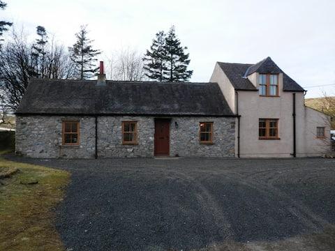 Scottish Rural Retreat in Leadhills Village