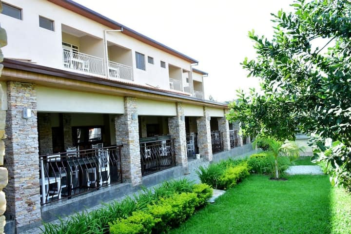 Makutano Club and Resorts/Appartement D15