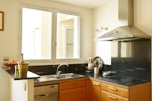 Open plan kitchen fully equipped