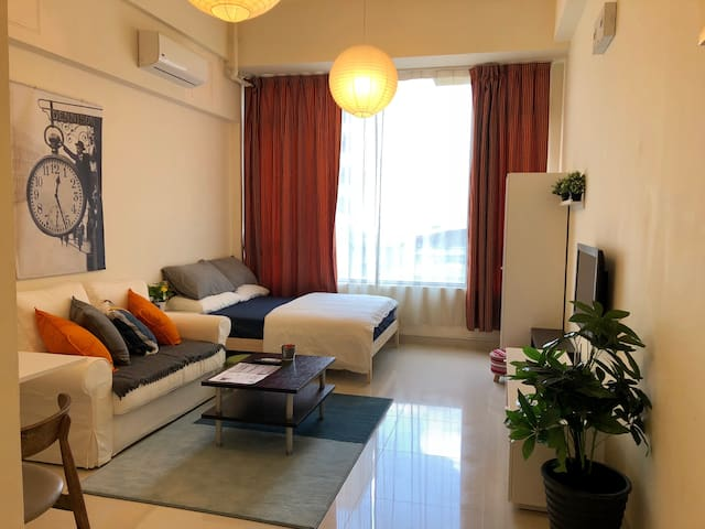Spacious & Comfy Studio near Mongkok (鄰近太子/旺角/奧運站)