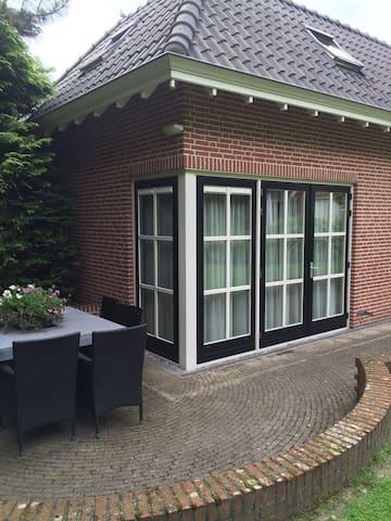 Gardenbuilding - Prinsenbeek - Houten huisje