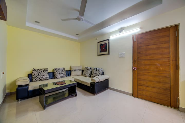 1 BHK Flat in Peaceful location @ Madhapur