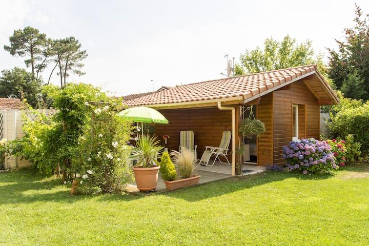studio indépendant dans un jardin - Hossegor