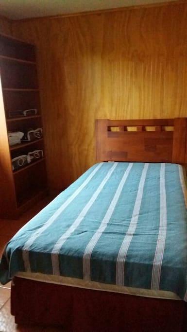Uno de los dormitorios...