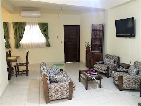 Como en casa! Dpto 1 dorm, A/C, TV,wifi 2do Anillo
