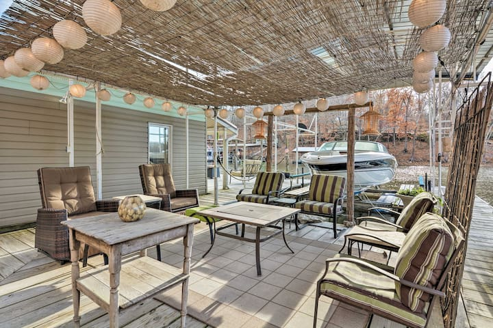 This Eucha home boasts 2 decks, and much more!